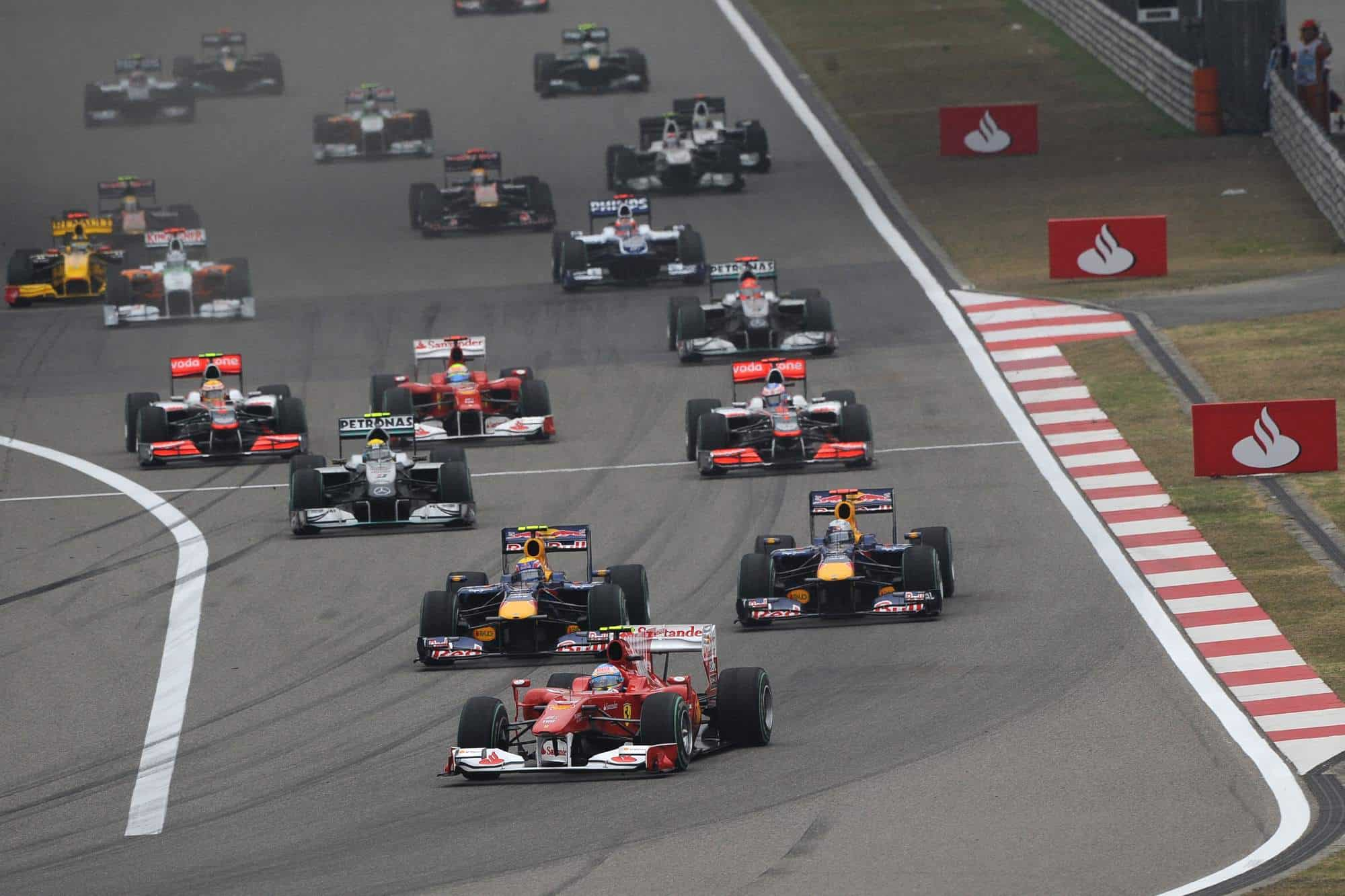 Chinese GP 2010 start Alonso leads Red Bulls