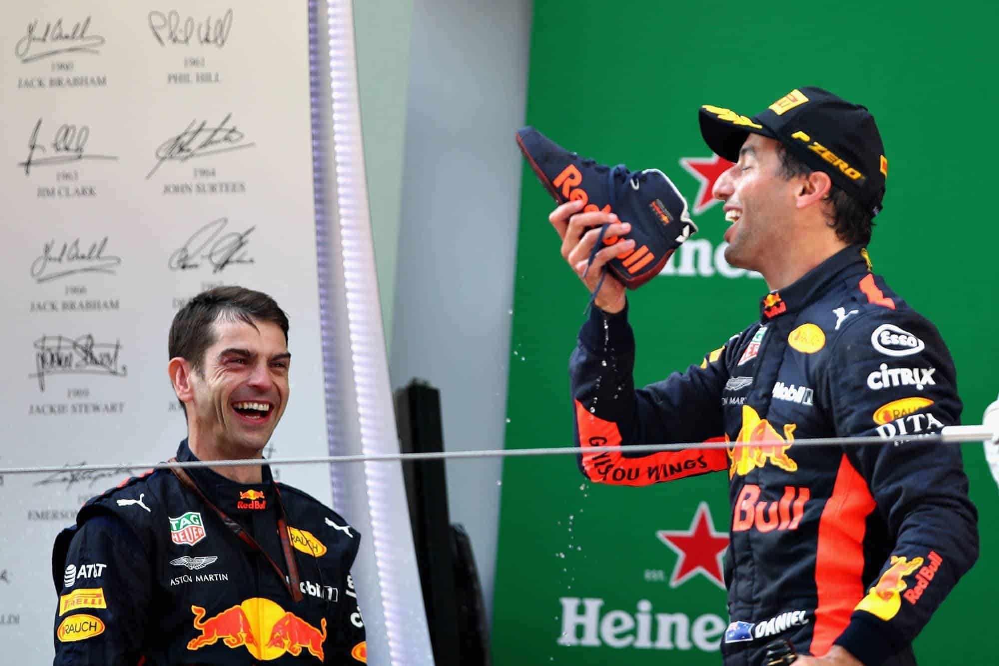 Daniel Ricciardo Red Bull RB14 Chinese GP F1 2018 podium Photo Red Bull