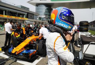 Fernando Alonso McLaren MCL33 Chinese GP F1 2018 on the grid Photo McLaren