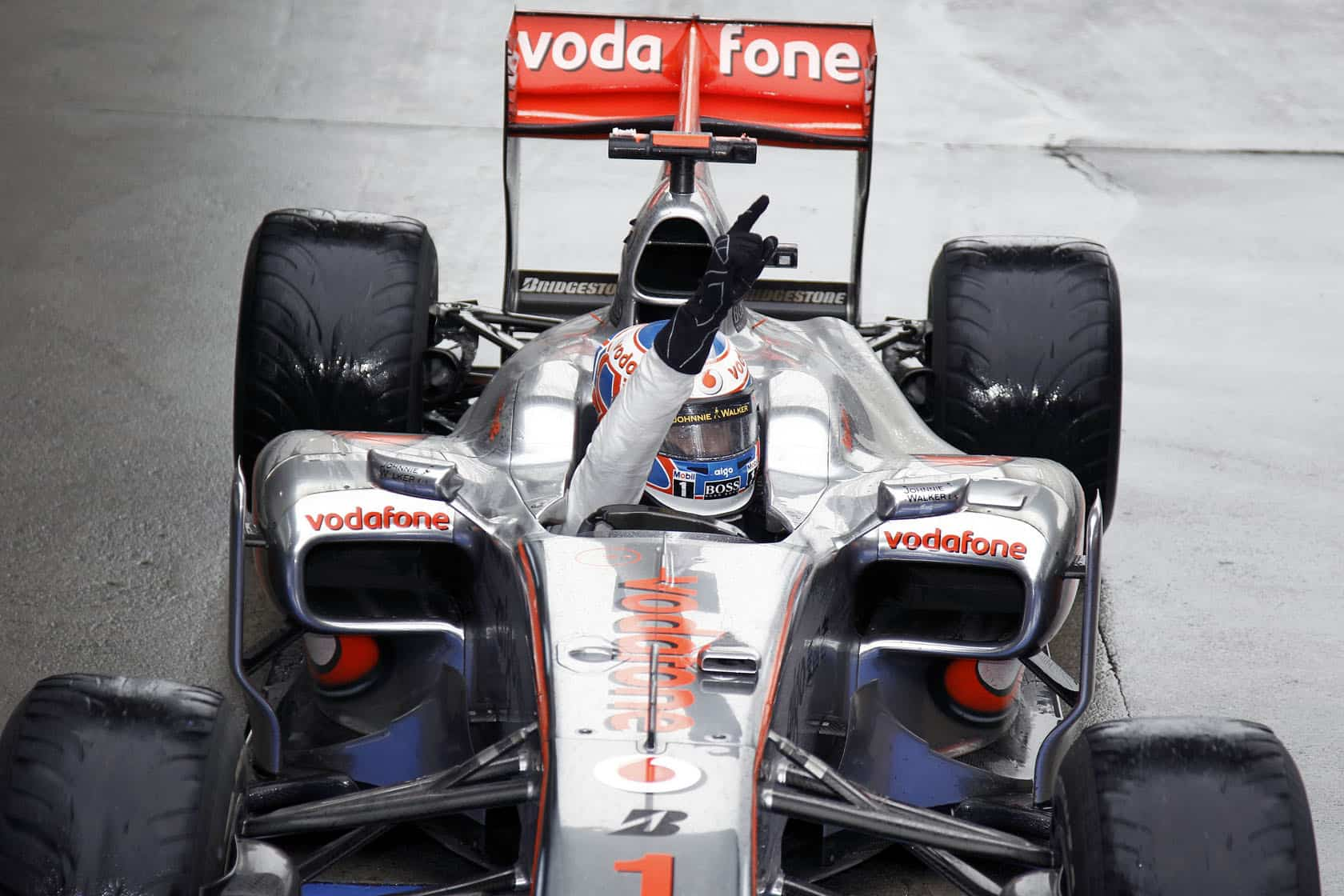 Jenson-Button-McLaren-Mercedes-MP4-25-Chinese-GP-F1-2010-win