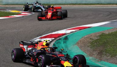 Verstappen leads Raikkonen Bottas Chinese GP F1 2018 Photo Red Bull