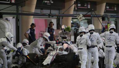 Williams FW41 Mercedes Bahrain GP F1 2018 pitstop