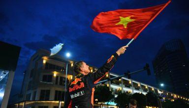 Coulthard Red Bull Aston Martin Vietnam street demonstration Photo Red Bull