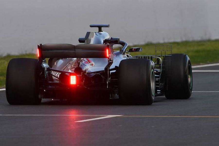 Hamilton Mercedes W09 rear wing lights Photo AMuS