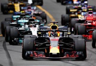 Ricciardo leads Vettel Monaco GP F1 2018 start Photo Red Bull