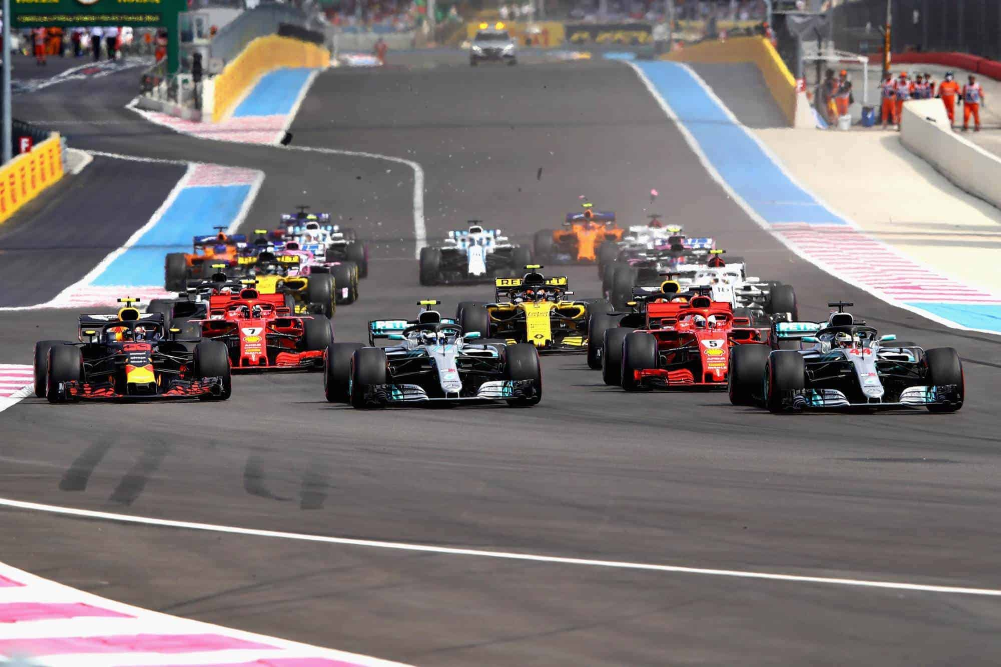French GP F1 2018 start Photo Red Bull