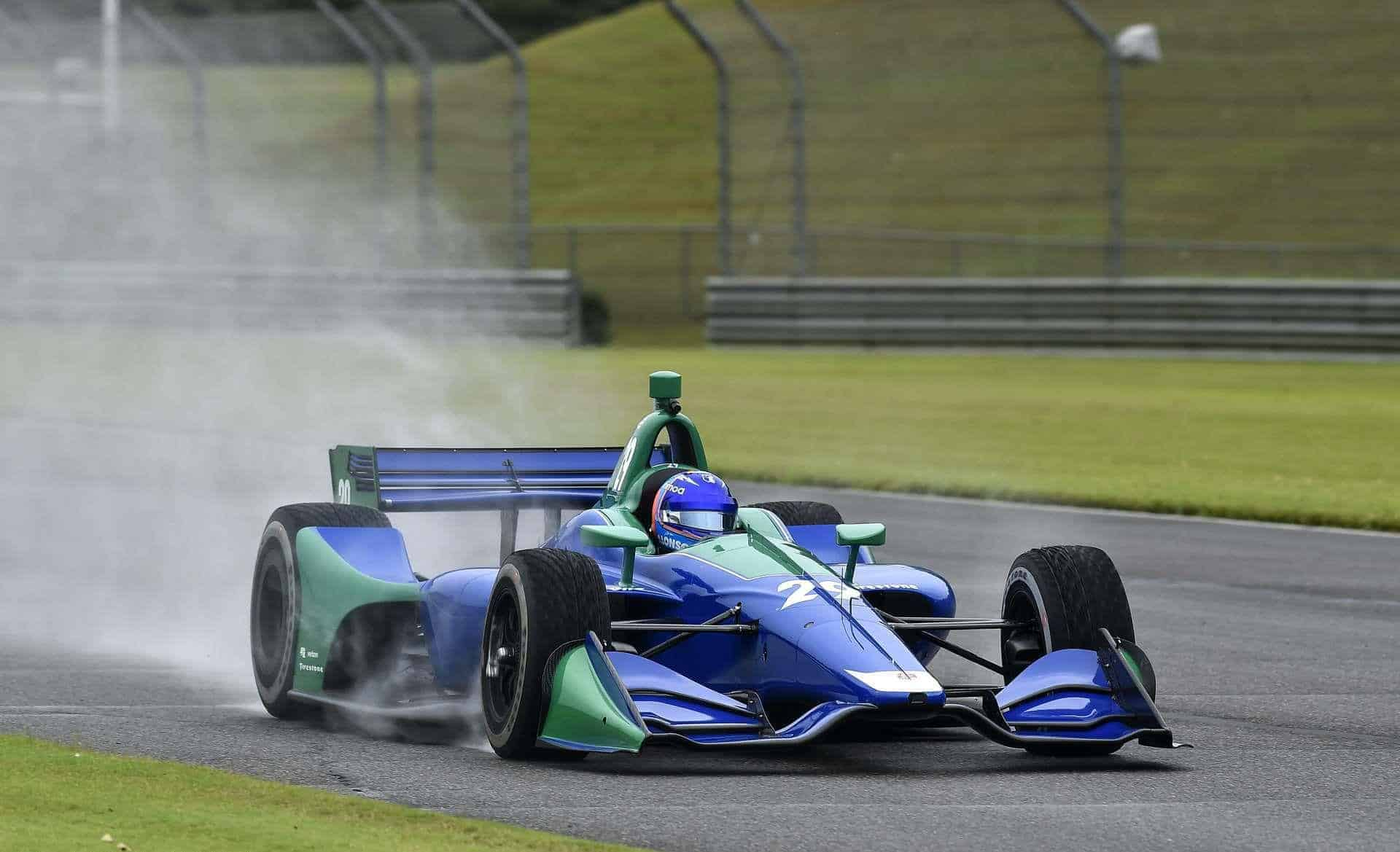 Alonso Indycar 2018 test Barber on the track wet Photo IndyCar