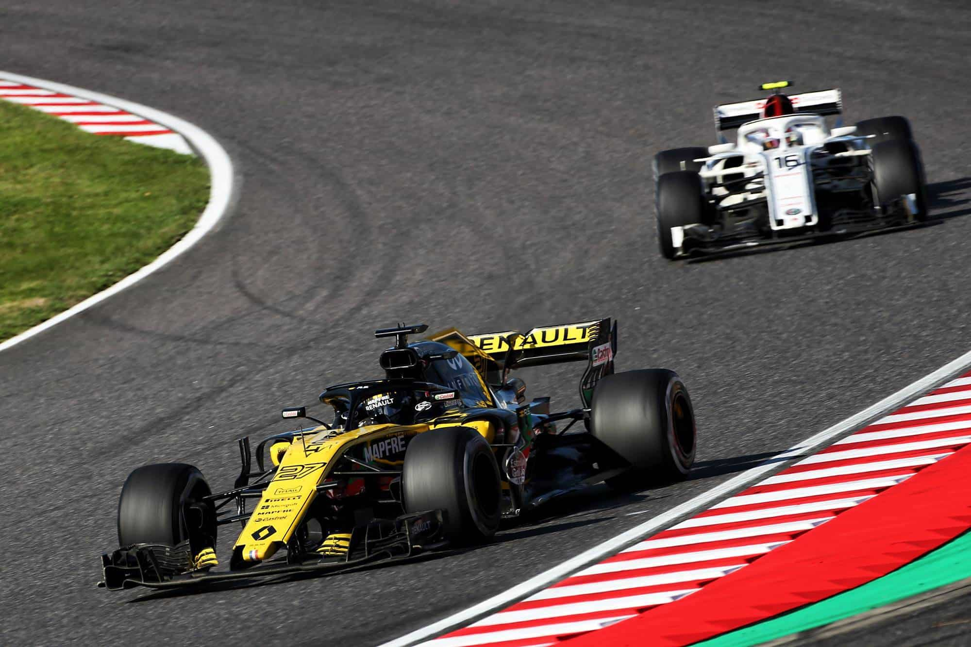 Hulkenberg Renault leads Leclerc Alfa Romeo Sauber Japanese GP F1 2018 Photo Renault
