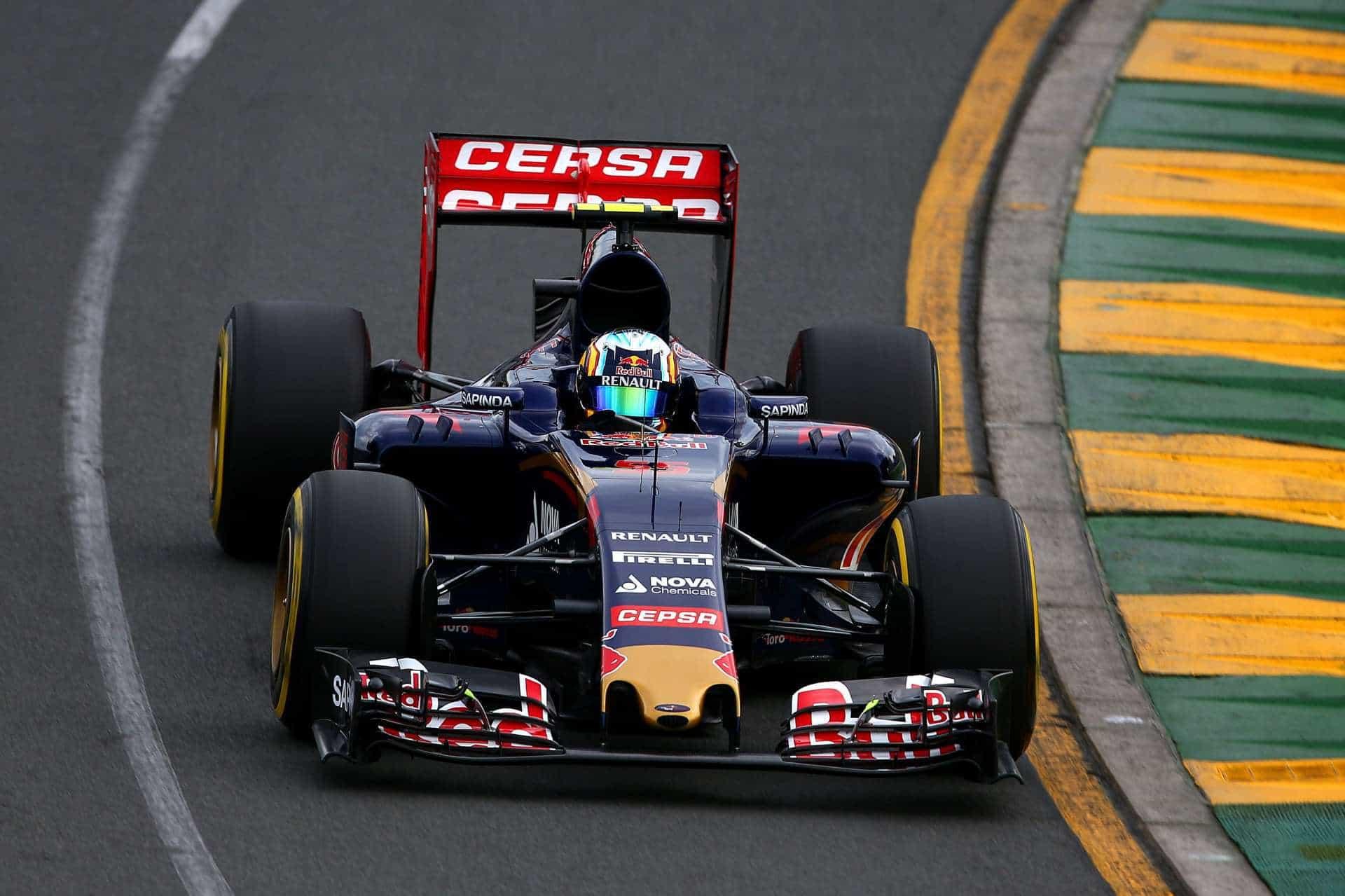 Sainz Toro Rosso Australian GP F1 2015 Photo Red Bull