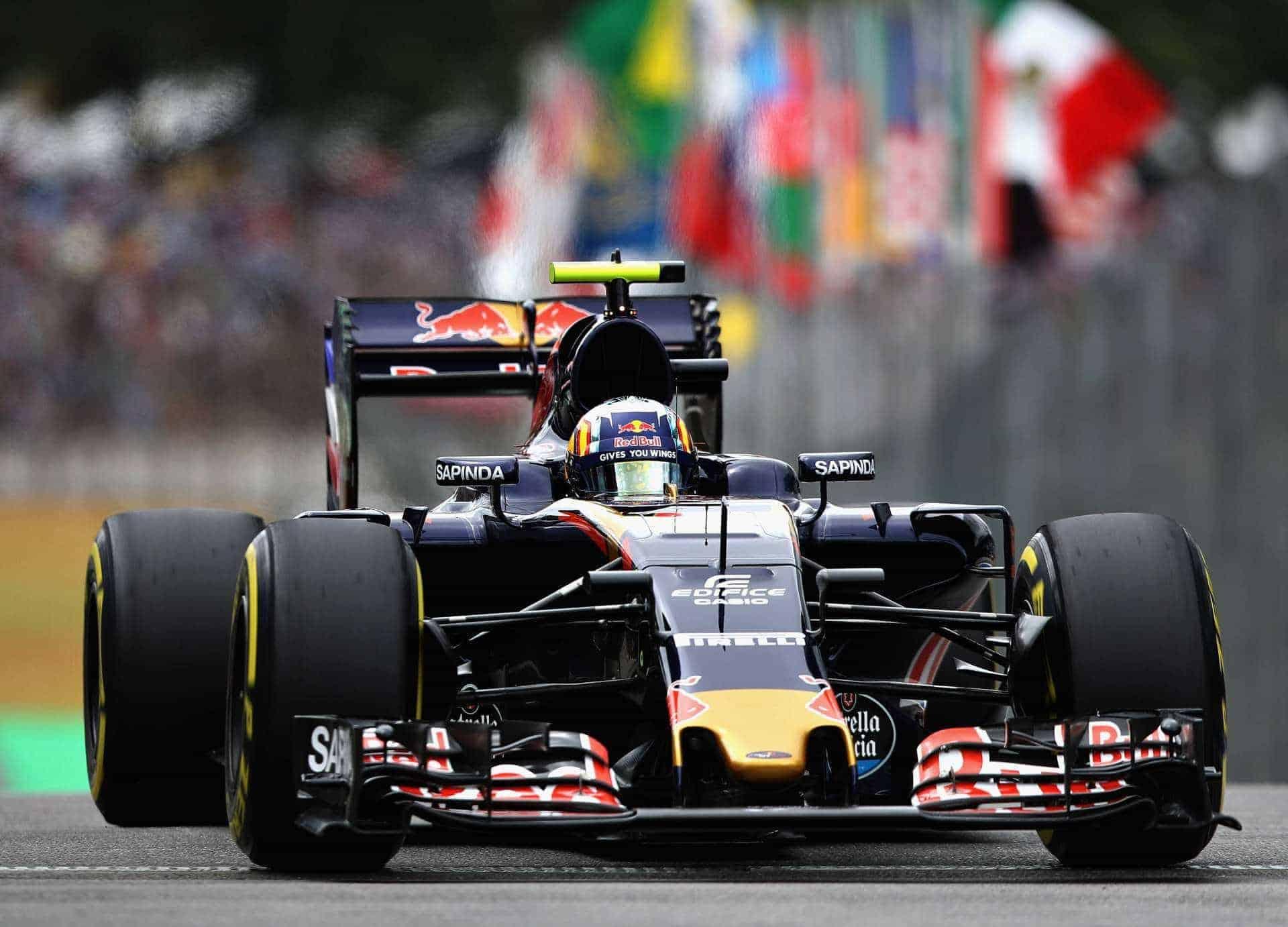 Sainz Toro Rosso Brazilian GP F1 2016 Photo Red Bull