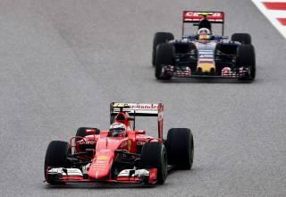 Sainz Toro Rosso USA GP F1 2015 Photo Red Bull