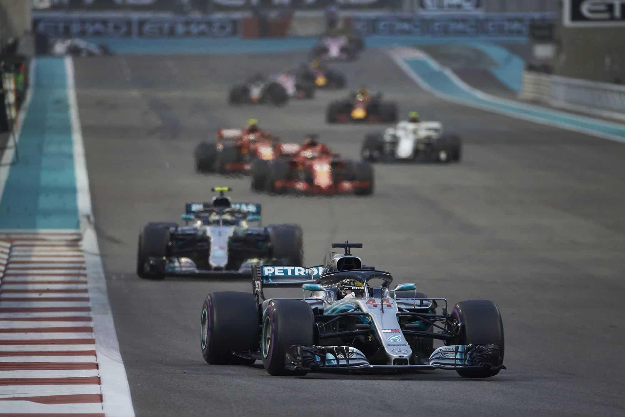 Hamilton leads Bottas Vettel Raikkonen Abu Dhabi GP F1 2018 Photo Daimler