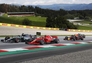 Austrian GP F1 2018 first lap Photo MAXF1net