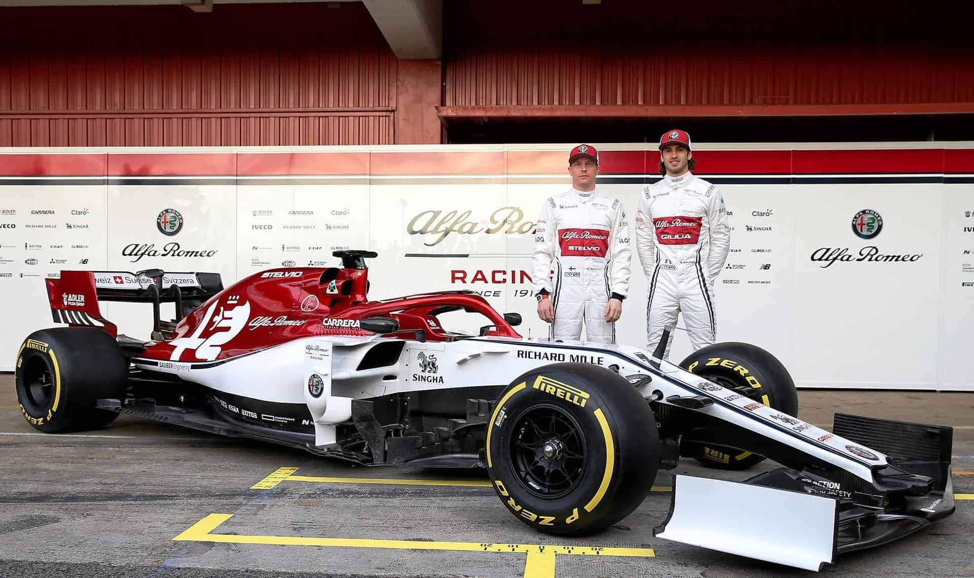 2019 Alfa Romeo Racing presentation side angle