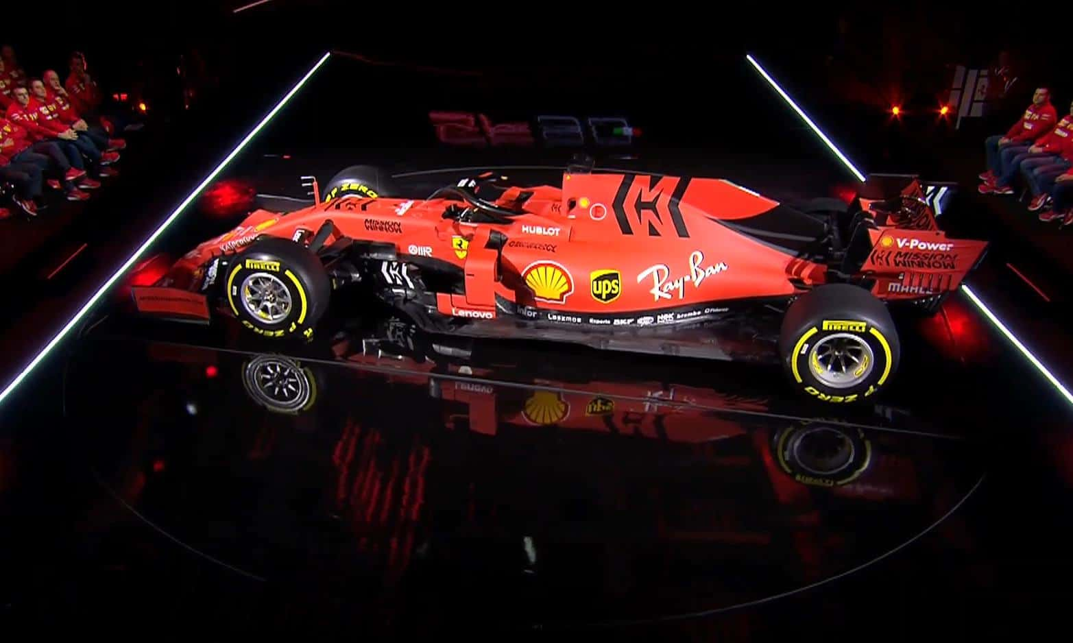 2019 Ferrari SF90H Photo Ferrari side angle live presentation 2