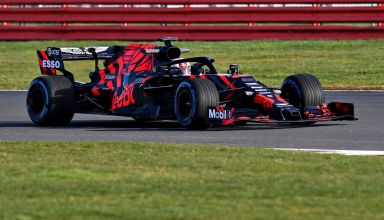 2019 Red Bull RB15 Honda first shakedown 2,98 km Silverstone 3 2000px
