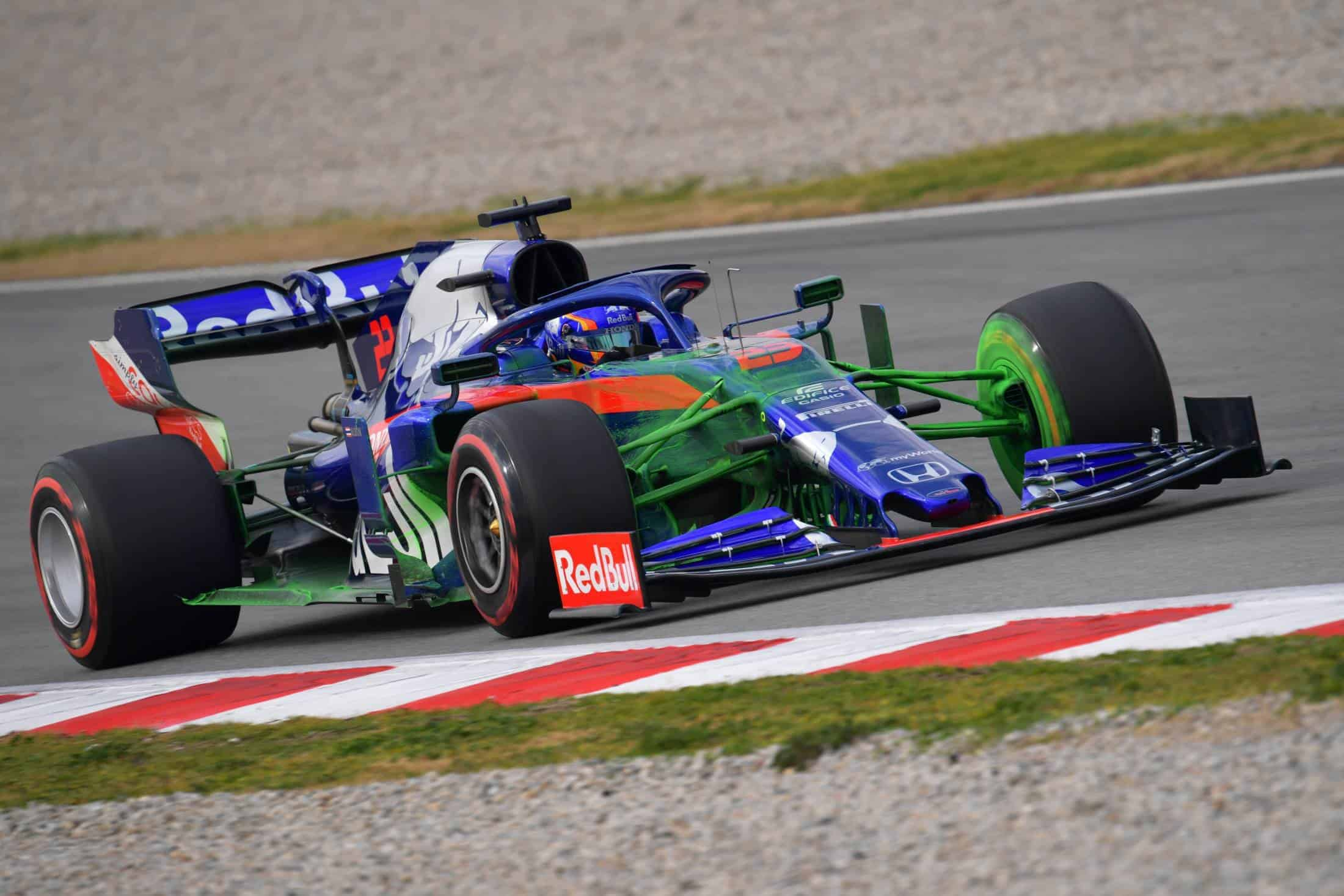 Alexander Albon Toro Rosso Honda STR14 Barcelona Test 1 Day 4 C4 Pirelli tyres Photo Pirelli