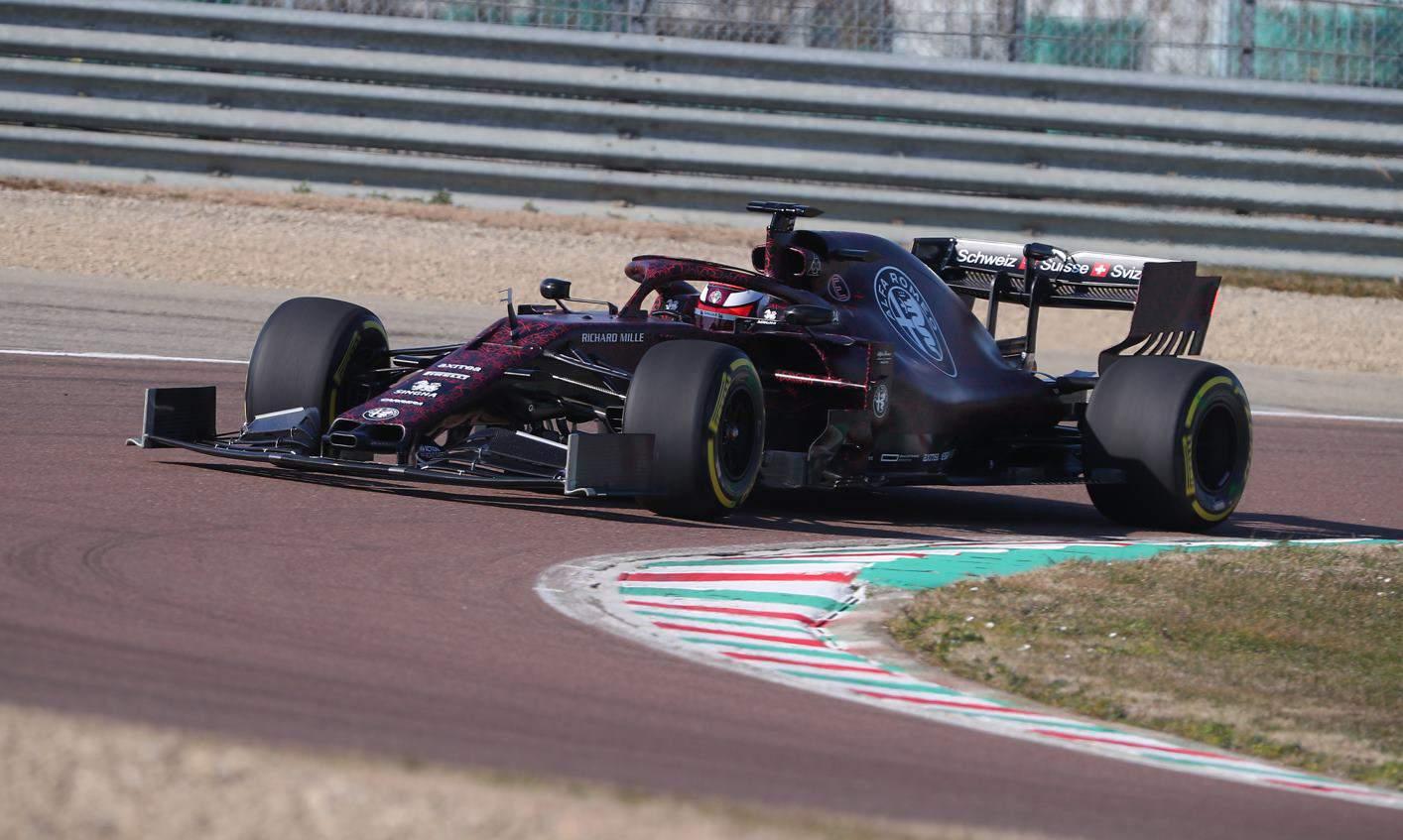 Alfa Romeo Test Their New 2019 F1 Car At Fiorano