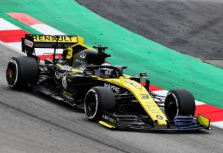 Daniel Ricciardo Renault R.S.19 Barcelona Test 1 Day 3 Photo Renault