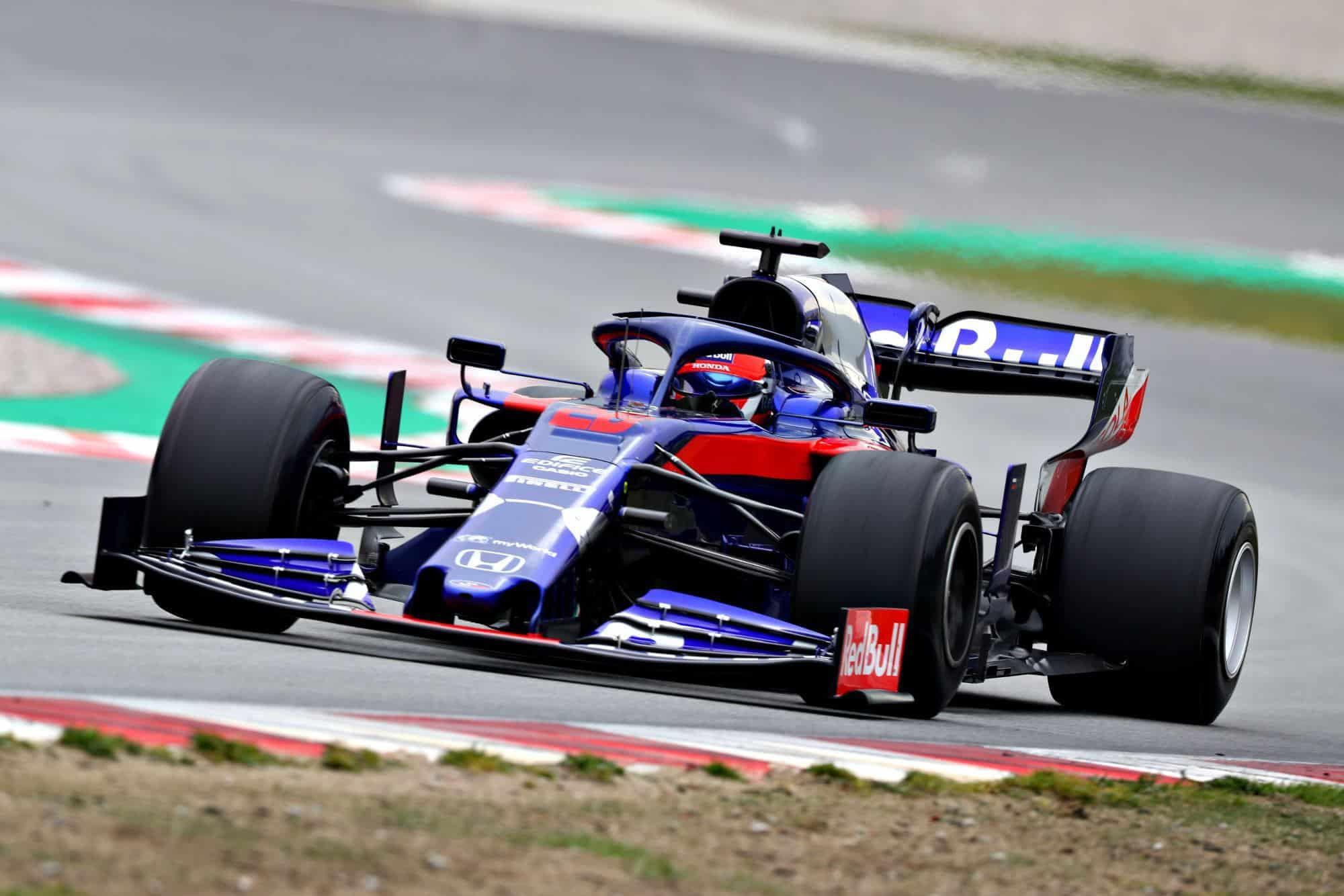 Daniil Kvyat Toro Rosso STR15 Honda Barcelona Test 1 Day 3 Photo Red Bull