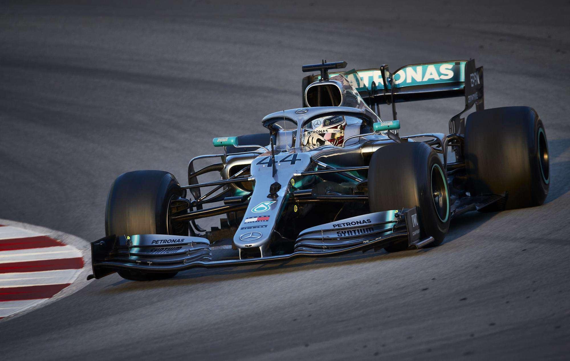 Lewis Hamilton Mercedes W10 Barcelona test 1 Day 3 corner Photo Daimler