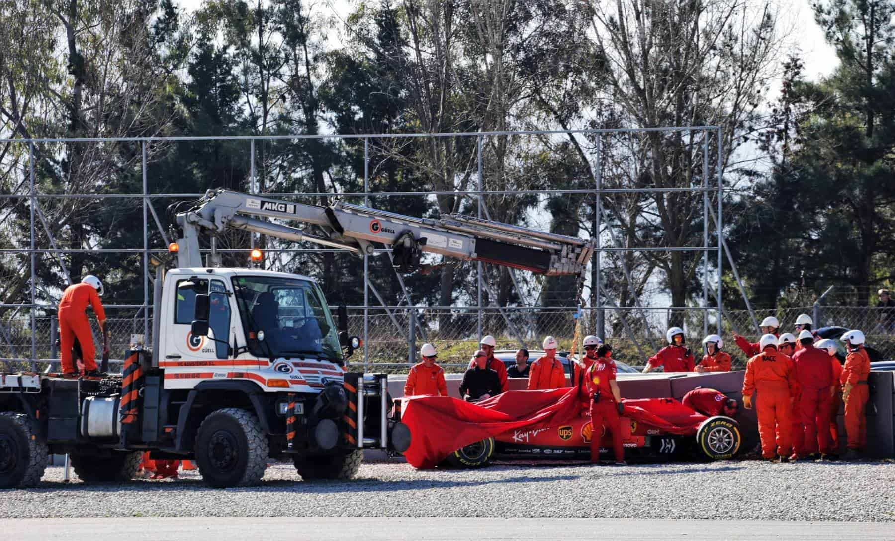 Sebastian Vettel Ferrari SF90 crash F1 2019 Barcelona Test 2 Day 2 Photo Ferrari