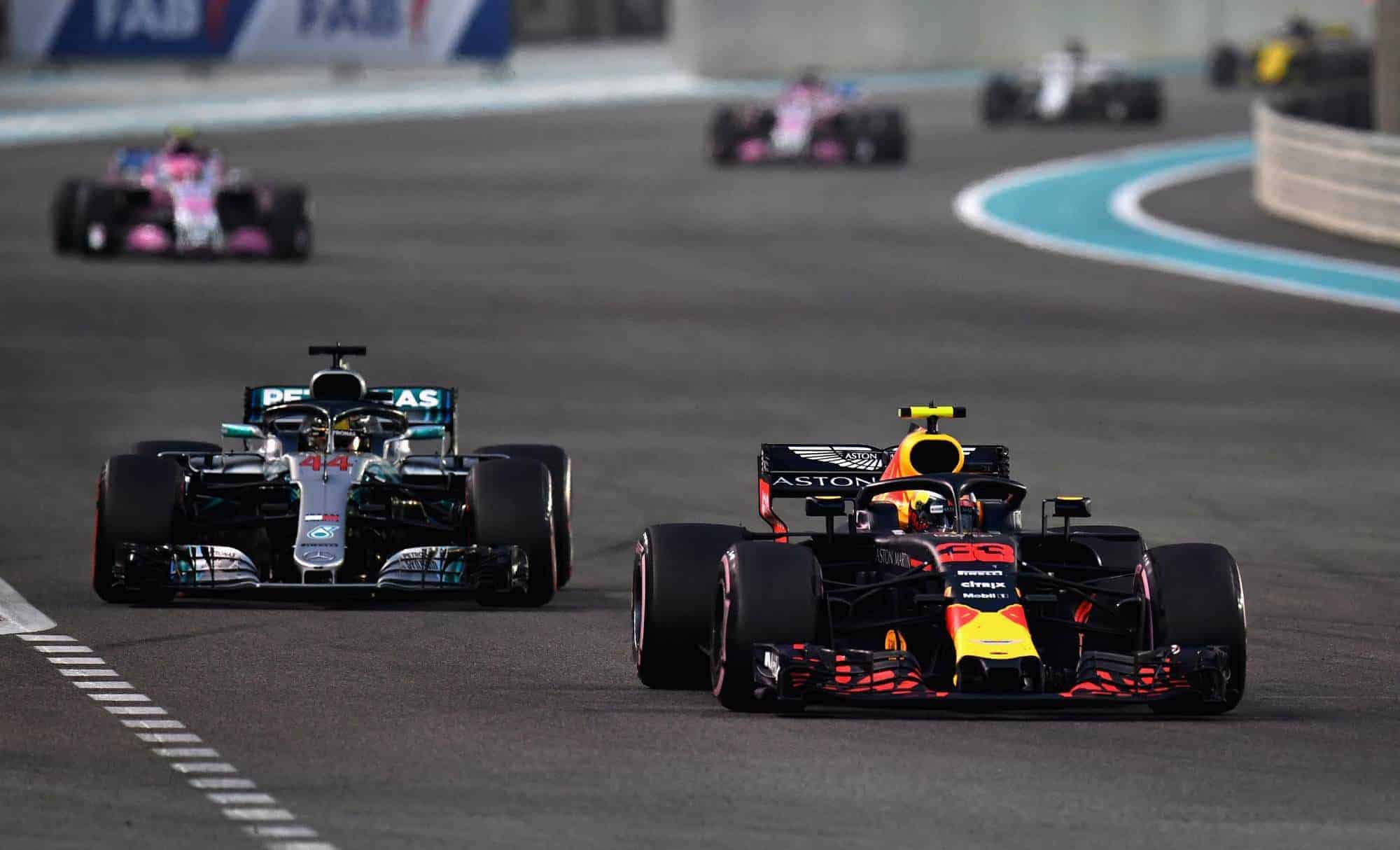 Verstappen leads Hamilton Abu Dhabi GP F1 2018 Photo Red Bull