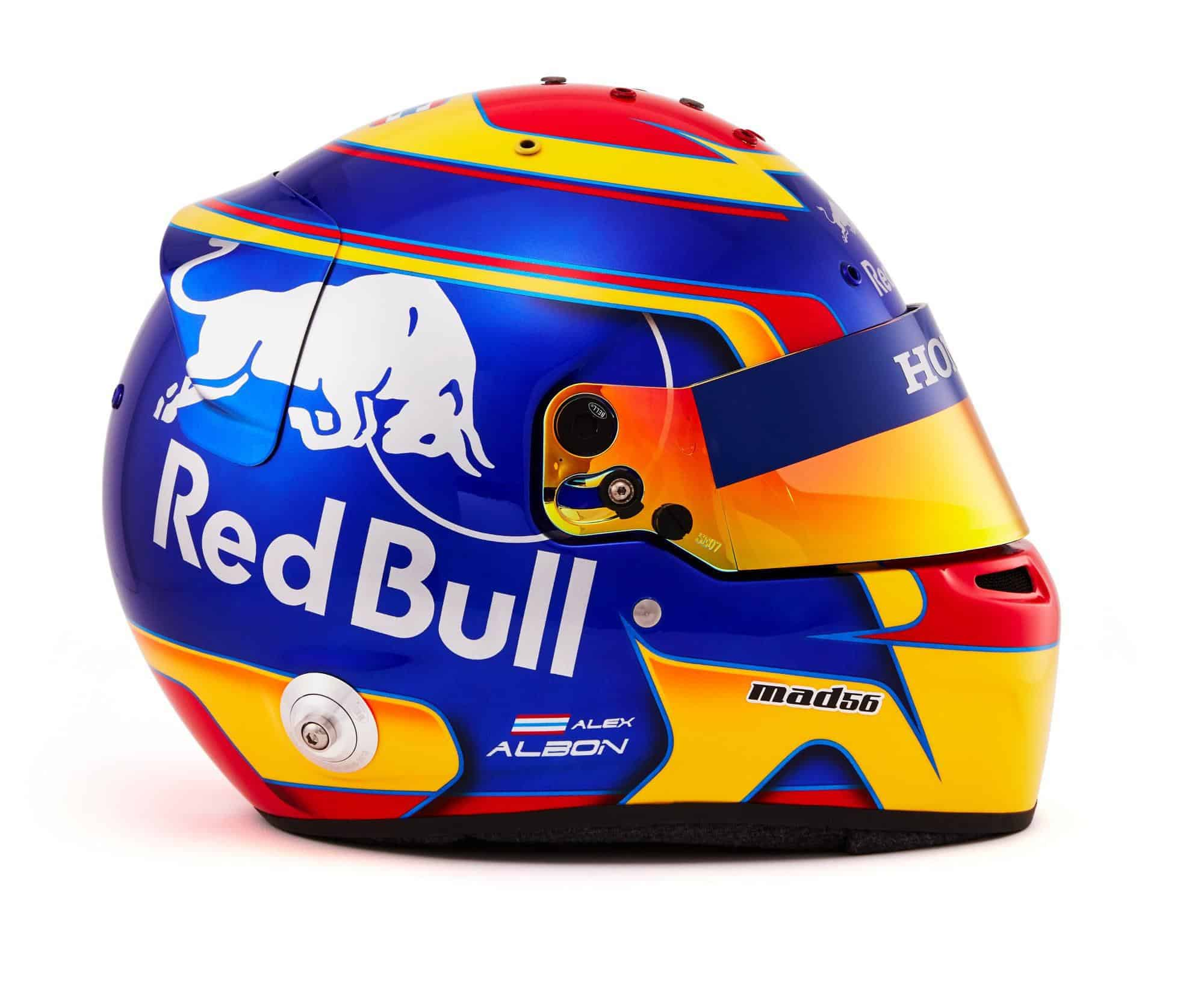 2019 F1 Alexander Albon helmet Toro Rosso Honda right side Photo Red Bull Edited by MAXF1net