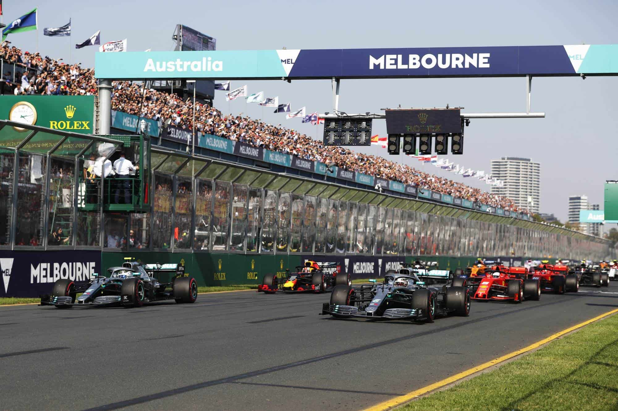 Australian GP F1 2019 start Photo Daimler Edited by MAXF1net