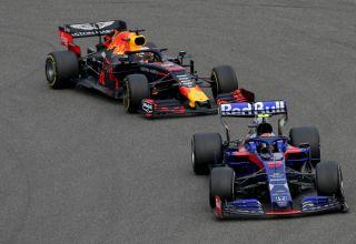 Albon leads Verstappen Chinese GP F1 2019 Photo Red Bull