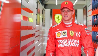 Mick Schumacher Ferrari F1 2019 Bahrain test garage no helmet Photo F1-com
