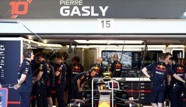 Pierre Gasly Red Bull RB15 Honda Azerbaijan GP F1 2019 garage Photo Red Bull