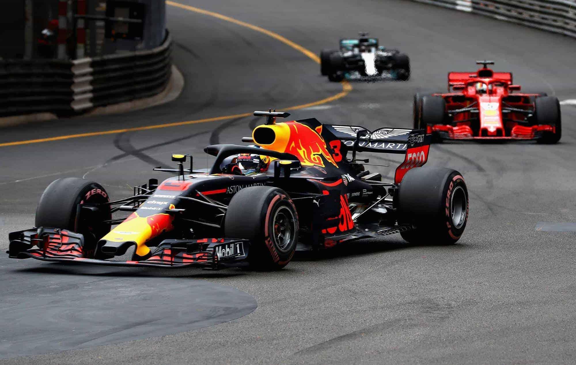 Ricciardo leads Vettel and Hamiton 2018 Monaco GP F1 Photo Red Bull