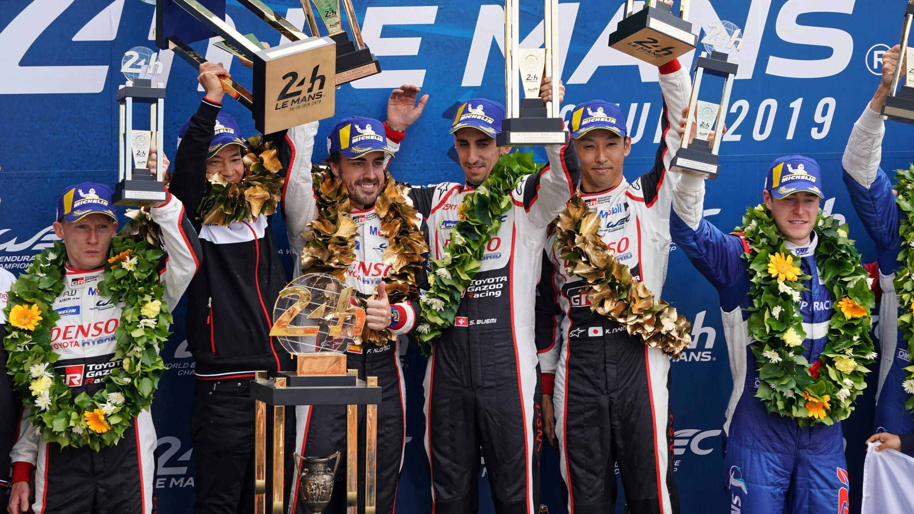 Alonso Nakajima Buemi Toyota LeMans 24h 2019 celebrating victory on the podium Photo Eurosport