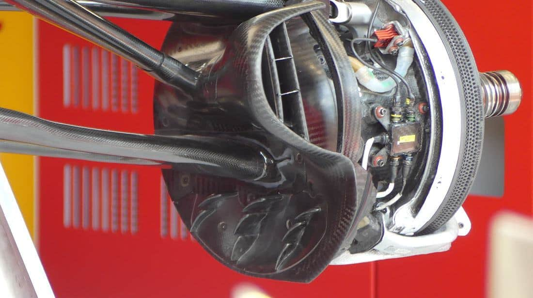 Ferrari SF90 new front brake duct cover French GP F1 2019 Photo AMuS Edited by MAXF1net