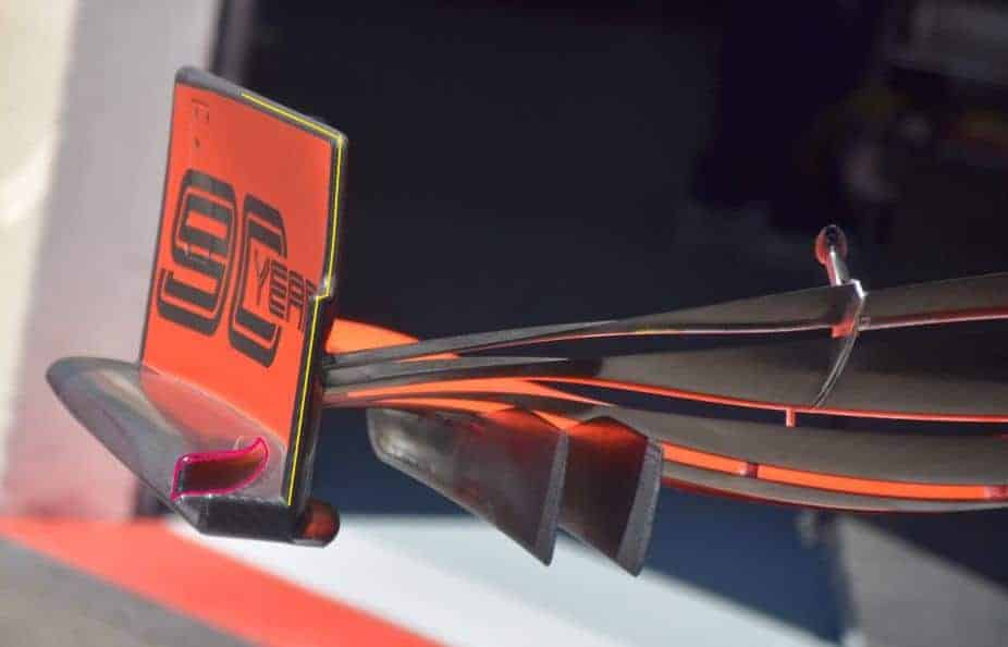 Ferrari SF90 new front wing endplate behind French GP F1 2019 Photo AMuS Edited by MAXF1net