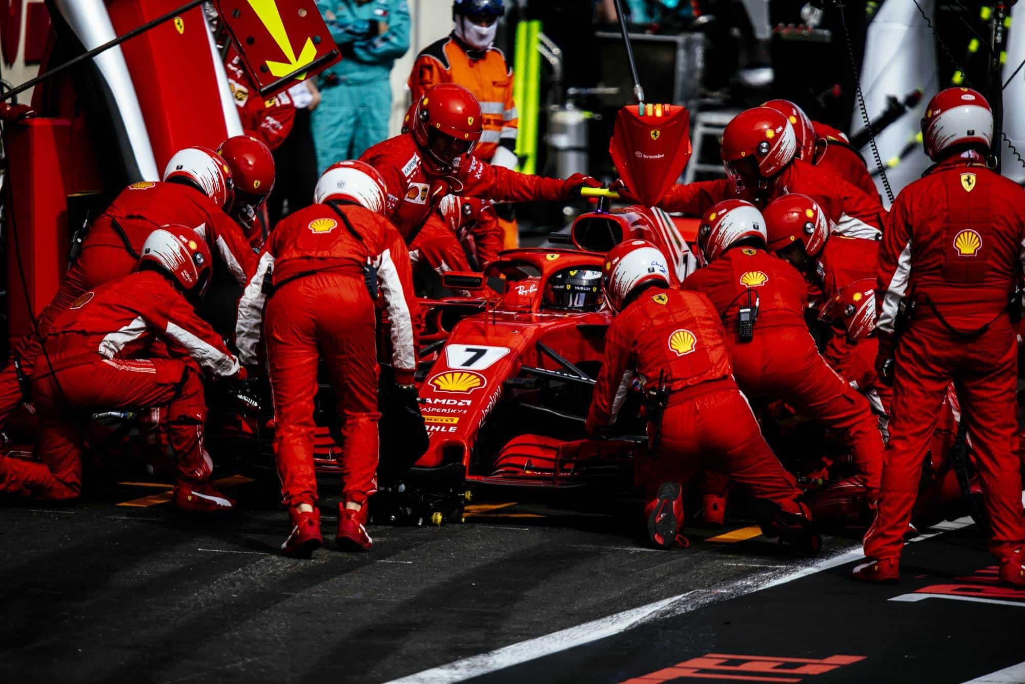 Raikkonen Ferrari SF71H French GP F1 2018 pitstop Photo Ferrari