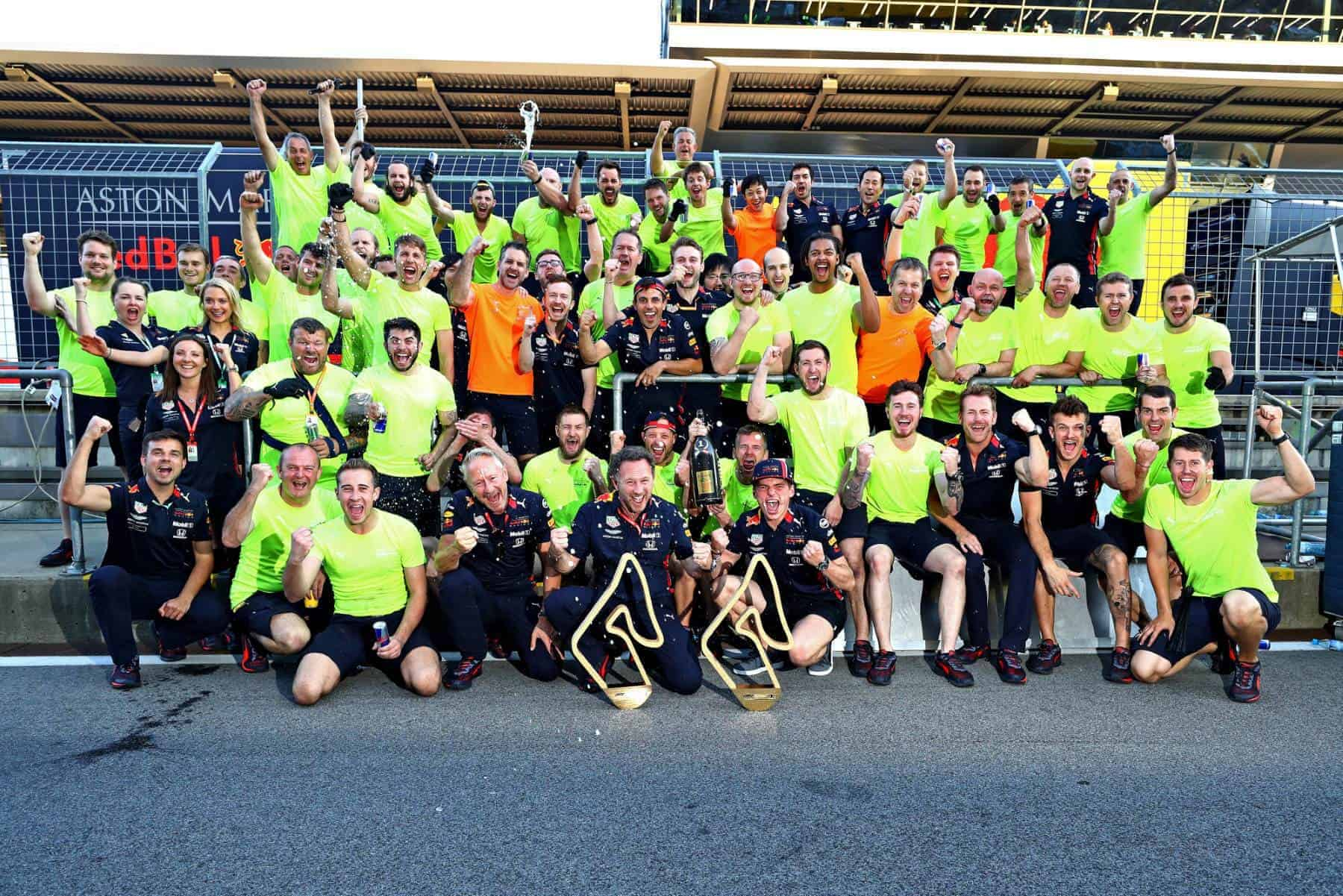 Austrian GP F1 2019 Red Bull Honda celebrate victory pitlane Photo Red Bull