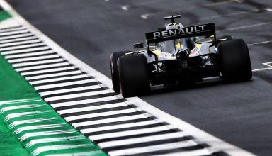 Daniel Ricciardo Renault R.S.19 British GP F1 2019 start finish line Photo Renault