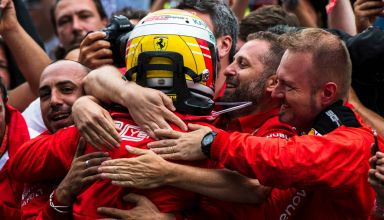 Vettel Ferrari German GP F1 2019 team hug after the race Photo Ferrari