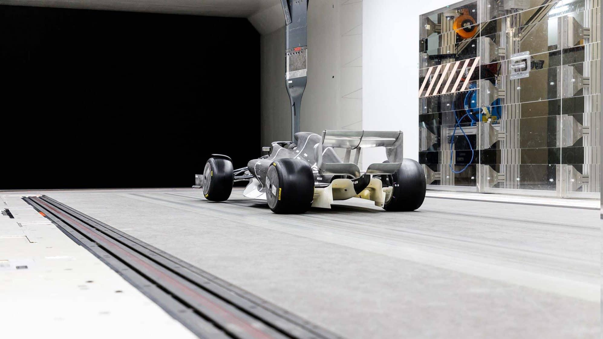 F1 2021 50 percent wind tunnel scale model rear Photo F1