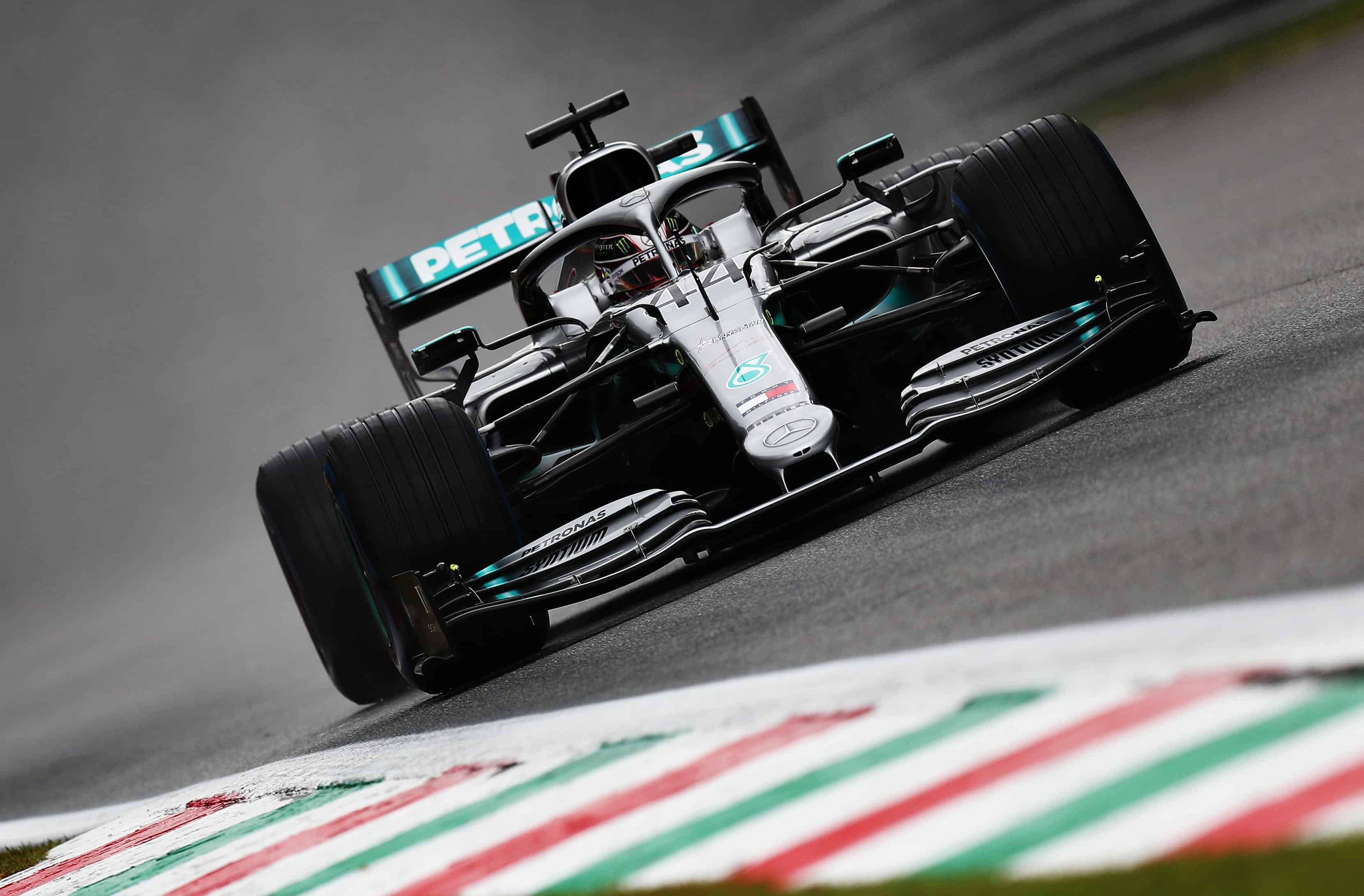 Hamilton-Mercedes-F1-W10-Italian-GP-F1-2019-Monza-low-downforce-aero-package-Photo-Sky-Sports-F1