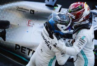 Hamilton Bottas Mercedes Japanese GP F1 2019 after the race Photo Daimler
