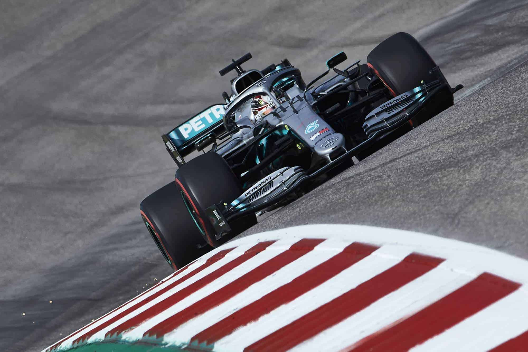 Hamilton Mercedes USA GP Austin F1 2019 soft Pirelli tyres Photo Daimler