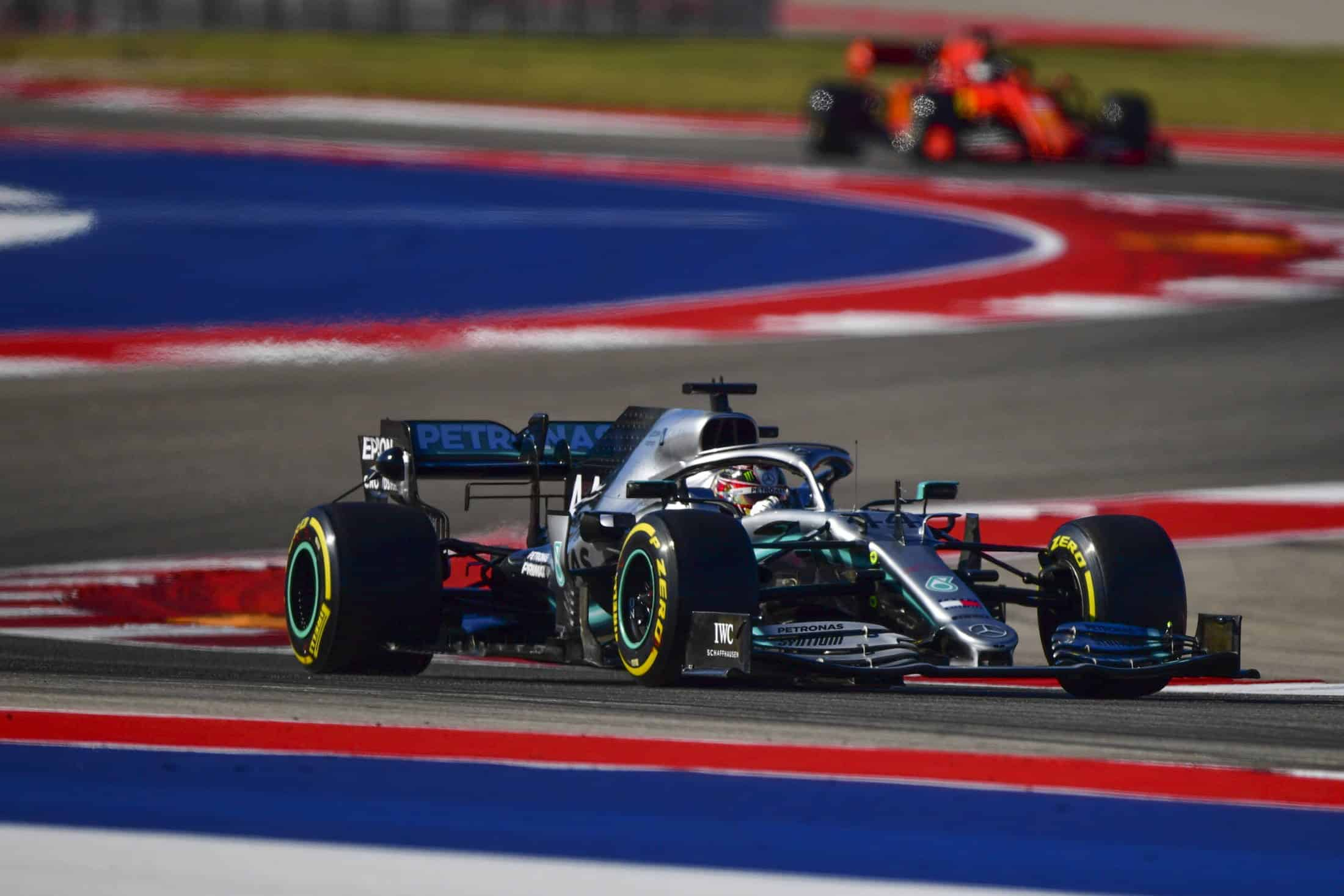 Hamilton leads Vettel USA GP Austin F1 2019 Photo Sky Sports F1
