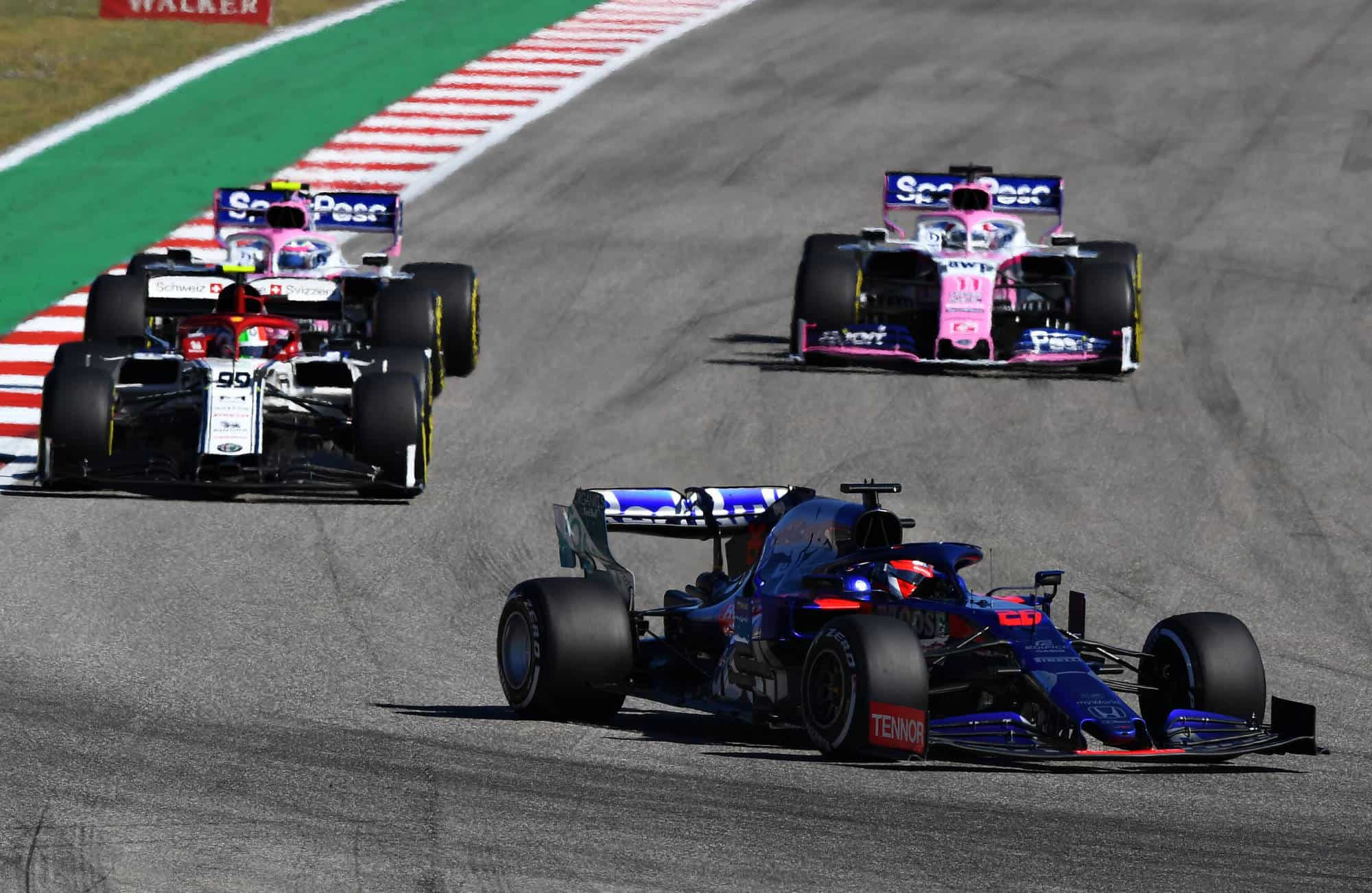 Kvyat Toro Rosso leads Giovinazzi Alfa Romeo and Stroll and Perez Racing Point USA GP Austin F1 2019 Photo Red Bull
