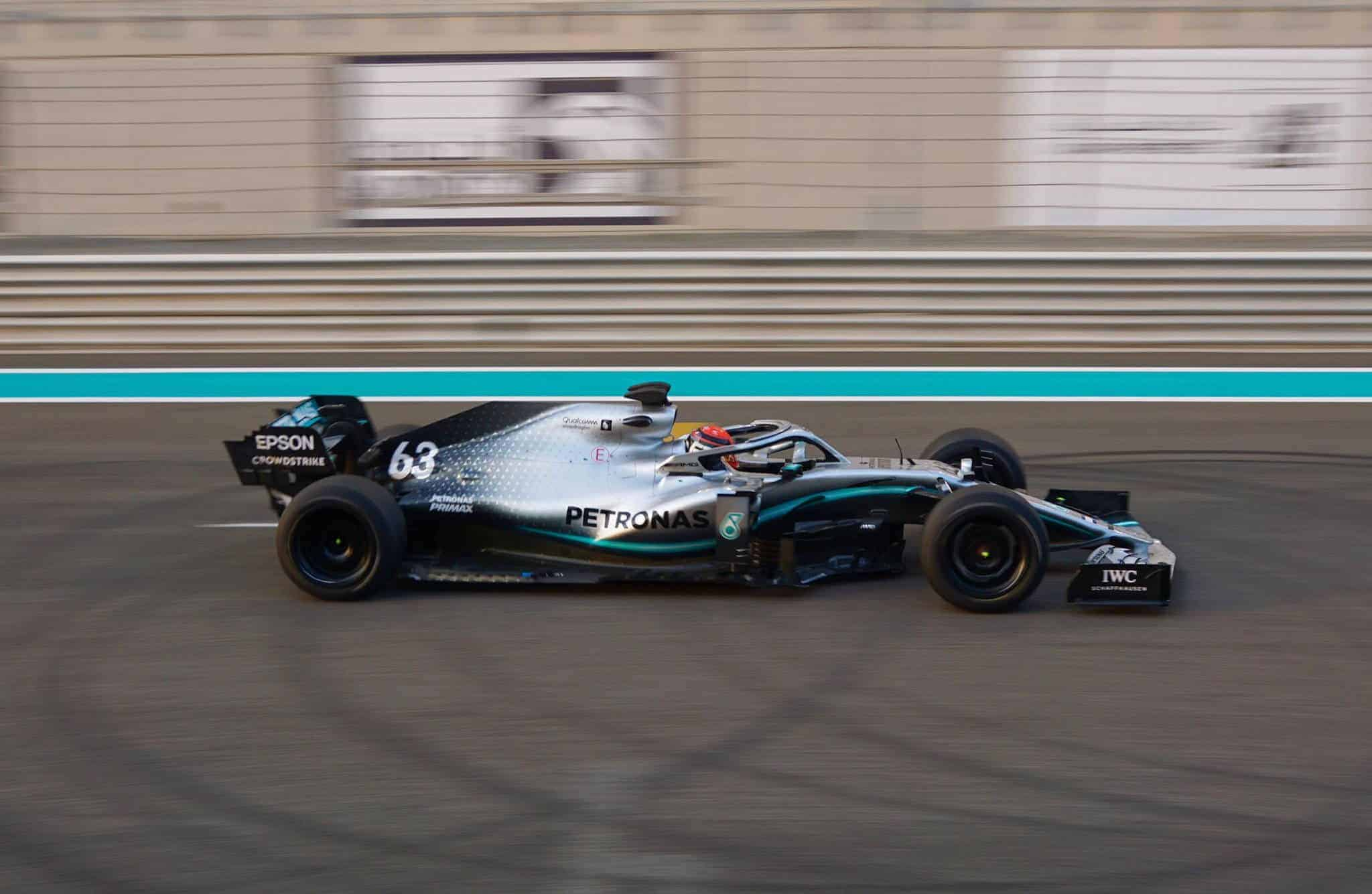 George Russell Mercedes F1 W10 18-inch wheels Abu Dhabi final test right side Pirelli Photo Pirelli
