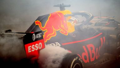 Verstappen Red Bull Abu Dhabi GP F1 2019 donuts after the race Photo Red Bull