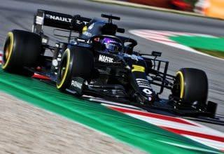 Daniel Ricciardo Renault RS20 Barcelona Test 2 Day 3 F1 2020 C3 Pirelli tyres Photo Renault