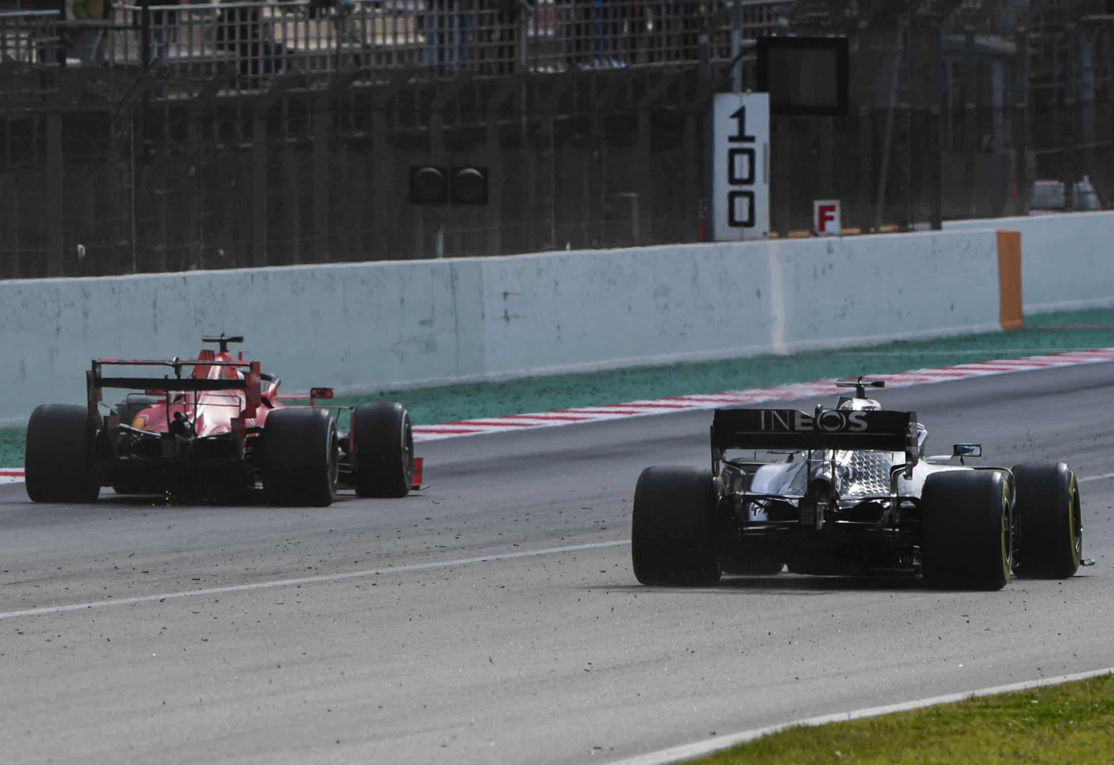 Ferrari vs Mercedes drag race F1 2020 Test 2 Day 3 Barcelona main straight Photo Pirelli